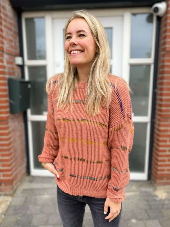 Esmay | Trui Oud Roze PRE-ORDER 04-10