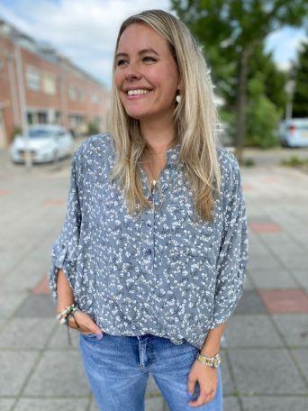 Helene | Blouse Print Grijs PRE-ORDER 04-08